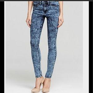 Flying Monkey Platinum Low Rise Skinny Jeans 25